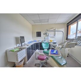 détail de l'image de l'établissement Centre Dentaire Marcigny