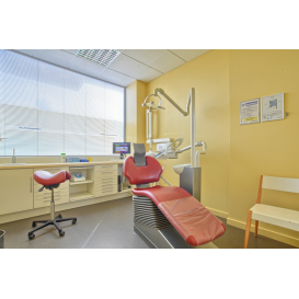 détail de l'image de l'établissement Centre Dentaire Autun
