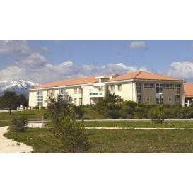 détail de l'image de l'établissement Clinique la Pinède à Saint-Estève