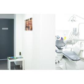 détail de l'image de l'établissement Centre Dentaire Clichy