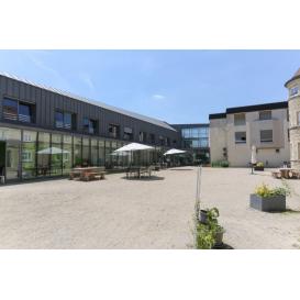 détail de l'image de l'établissement SSR - Institut médical Clinique de Bazincourt - Chapet - LNA Santé